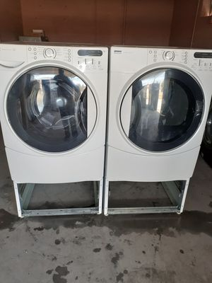 Nice kenmore washer and gas dryer set for Sale in North Las Vegas, NV