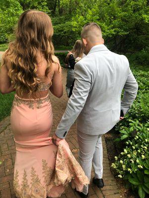 Prom dress for Sale in Reynoldsburg, OH