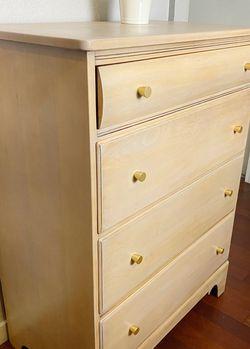 Wooden Dresser for Sale in Seattle,  WA