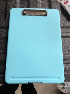 Clip board / slim case for Sale in Moreno Valley, CA