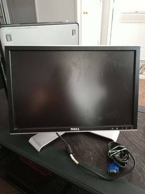 Computer monitor for Sale in Flowery Branch, GA