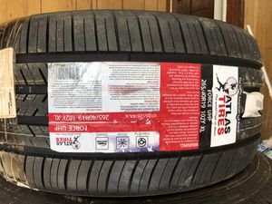 265/40/19 tire brand new for Sale in Columbia, SC