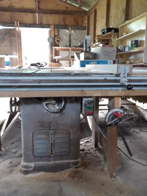 Delta INDUSTRIAL Cabinet Table and saw for Sale in Tampa, FL