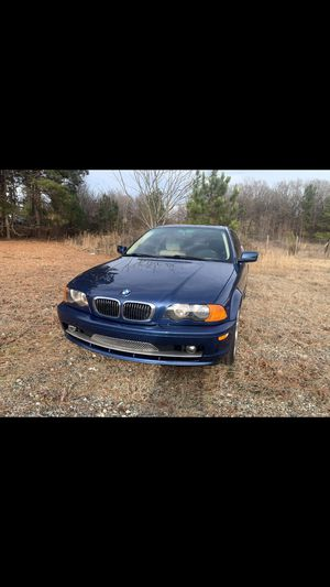 2002 BMW 325 CI manual transmission 2.5l engine V6 rear-wheel drive run and drives good for Sale in Boiling Springs, SC