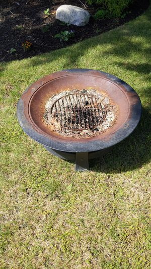 Fire pit free for Sale in Everett, WA