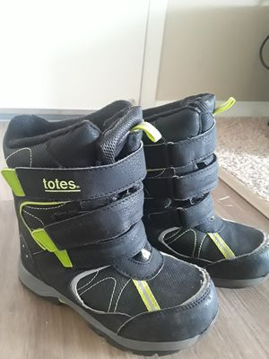 Snow boots black size 1 for kids for Sale in Aurora, IL
