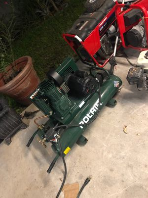 Electric air compressor 1000 obo for Sale in Cutler Bay, FL