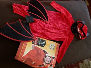 Little devil costume ( SEE 2ND PHOTO FOR SIZE) for Sale in Phoenix, AZ