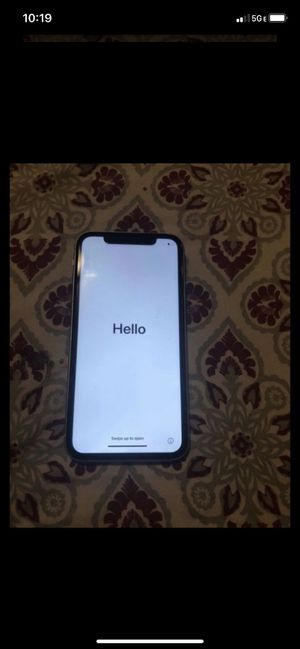 At&t iPhone 11 for Sale in Colton, CA