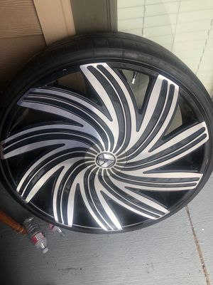 30's Azara #502 4 rims and tires for Sale in Corinth, TX