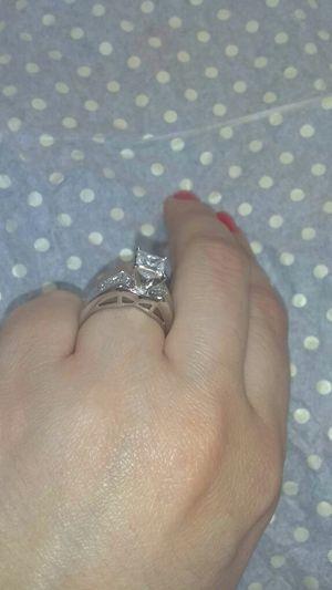2 CARAT princess cut certified diamond ring for Sale in Atlanta, GA