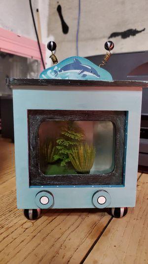Small decorative fish tank for Sale in Kent, WA