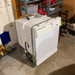 Hotpoint Dishwasher for Sale in Tigard, OR