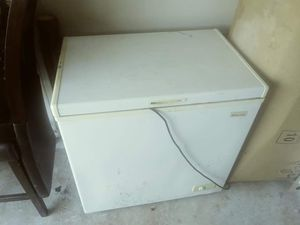 Deep freezer for Sale in Mount Holly, NC