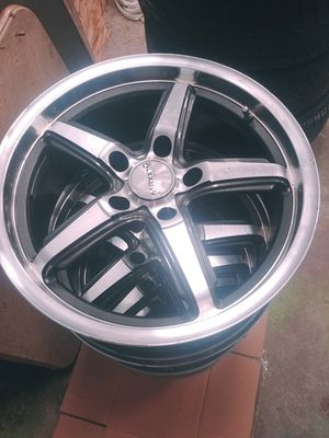 "17"" Maxxim rims for Sale in Southington, CT"