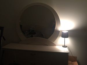 Full bedroom set for Sale in Cleveland, OH