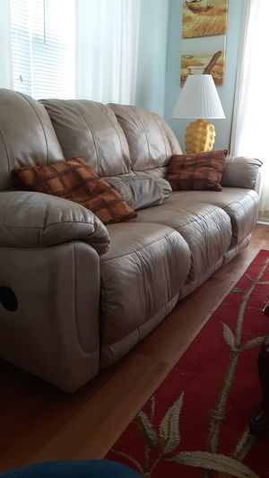 Reclining leather sofa for Sale in Pensacola, FL