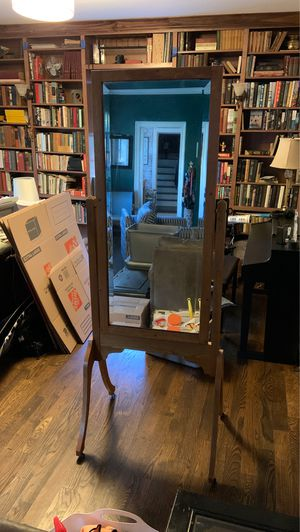 Antique mirror approx 6' tall for Sale in Nashville, TN