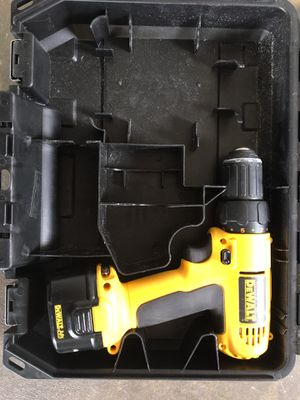DeWalt drill no charger 9.6 v for Sale in San Bernardino, CA