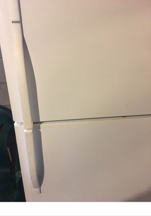 Kenmore Refrigerator Standard size for Sale in Columbus, OH
