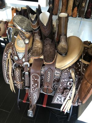Leather Horse saddle Mexican Charro Montura for Sale in Beverly Hills, CA