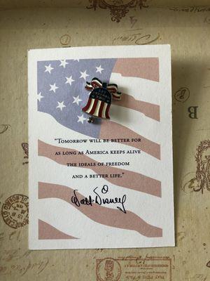 2002 Disney Store Cast Member Liberty Bell Commemorative Pin for Sale in Wheaton, IL
