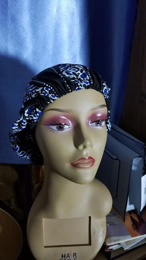 head bonnet for Sale in Boston, MA