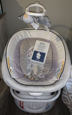 Baby Swing with Cry detection technology for Sale in Austin, TX
