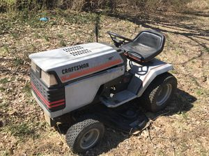 Craftsman Lawn Tractor for Sale in Middleway, WV