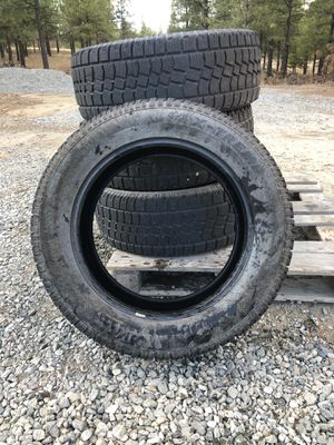 Avalanche X-Treme studded snow tires for Sale in Chelan, WA