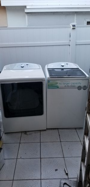 WASHER AND DRYER TOP LOAD 5.3 CUFT THE WASHER AND 7.4 CUFT THE DRYER for Sale in Medley, FL