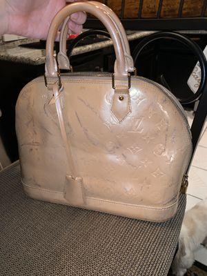 Louis Vuitton bag for Sale in Fontana, CA