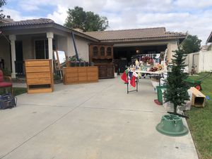 Yard sale for Sale in Moreno Valley, CA