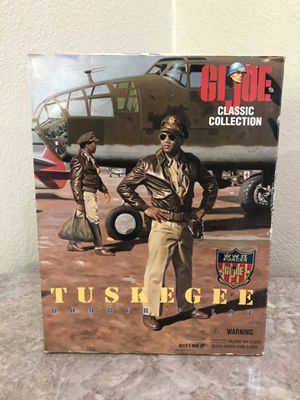 G.I. Joe - 1996 - Classic Collection - WW II Forces Collection - Tuskegee Bomber Pilot - 12 Inch Action Figure - w/ Accessories - RARE - Out of Produ for Sale in Phoenix, AZ