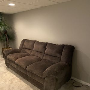 Dark gray sofa for Sale in Independence, OH