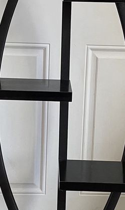 Black Display For Plants/Frames/Figurines/Etc for Sale in Staten Island,  NY
