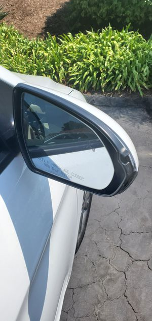 Hyndai Elentra 2017 Passenger side mirror for Sale in Carlsbad, CA