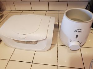 Munchkin wipe warmer and Philips Avent bottle warmer for Sale in St. Petersburg, FL