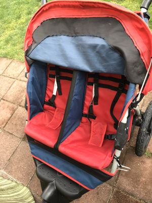 Instep Twin double jogging stroller 3 wheels jogger Stroller for Sale in Pacific, WA