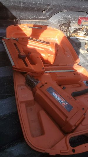2 working Paslode 30° framing nail guns with a case for each. 2 new batteries. for Sale in West Columbia, SC