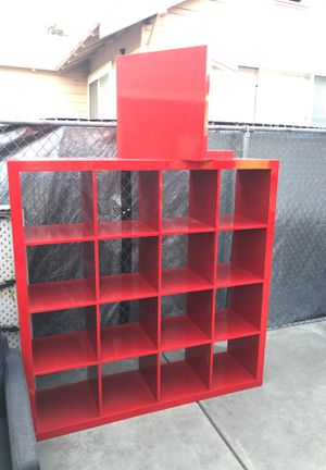 Set of book shelf whit of 2 small table for Sale in Oakland, CA