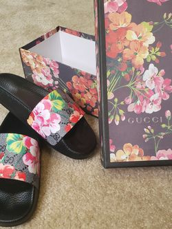 Women Gucci Slides for Sale in Baltimore,  MD