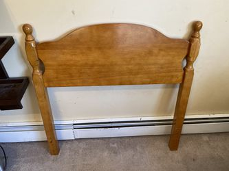 Twin Size Head Board for Sale in Holbrook,  NY