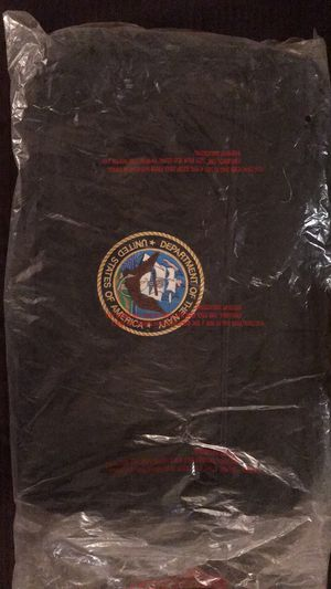 LARGE US NAVY DUFFLE BAG NEVER USED for Sale in Columbia, TN
