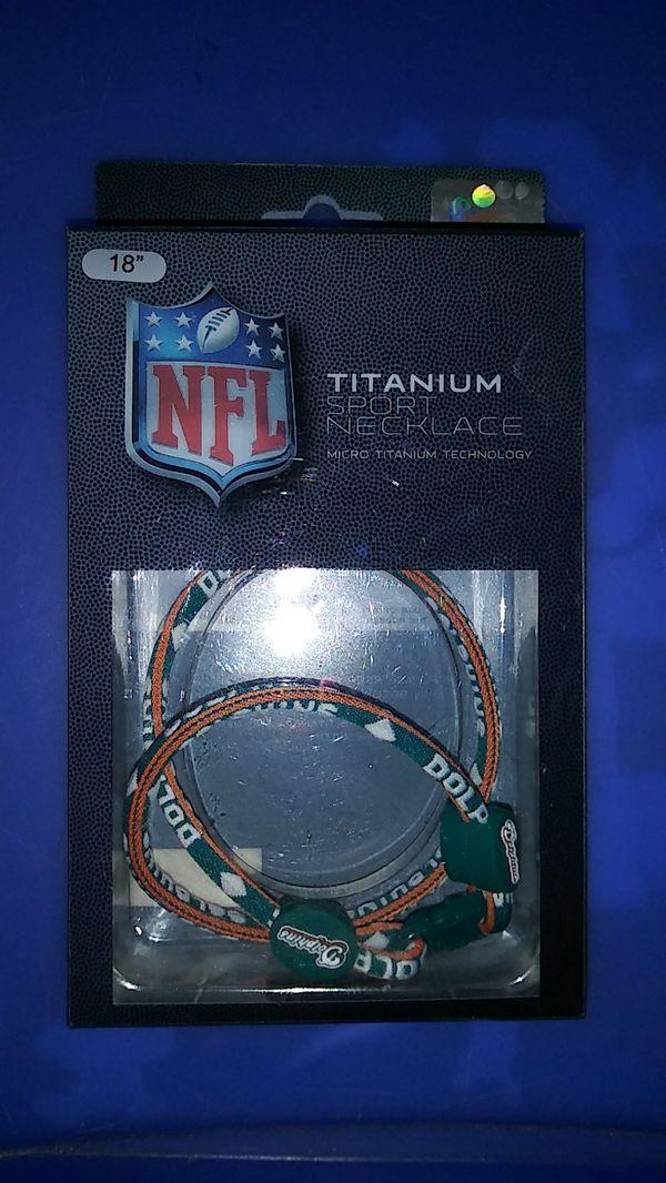 """18"""" Titanium Miami dolphins necklace"""