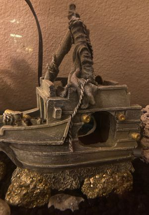 Boat accessory for fish tank for Sale in Salem, OR
