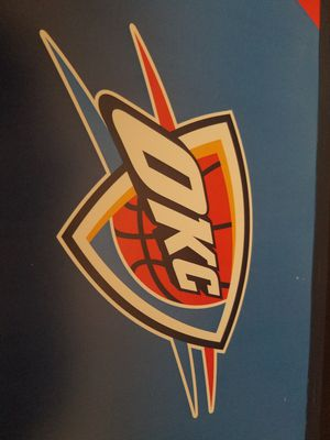 4 hard tickets to Thunder Game Tonight for Sale in Oklahoma City, OK