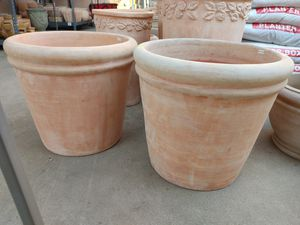 Large pots $70 each for Sale in Norwalk, CA