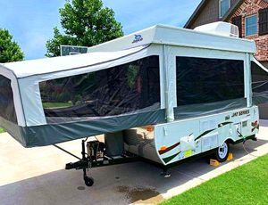 Asking$12OO_2012 Jayco Series camp for Sale in Wheaton, IL