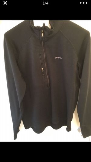 Men's Patagonia Medium (fits like small) R series light weight Fleecel for Sale in Sandy Springs, GA